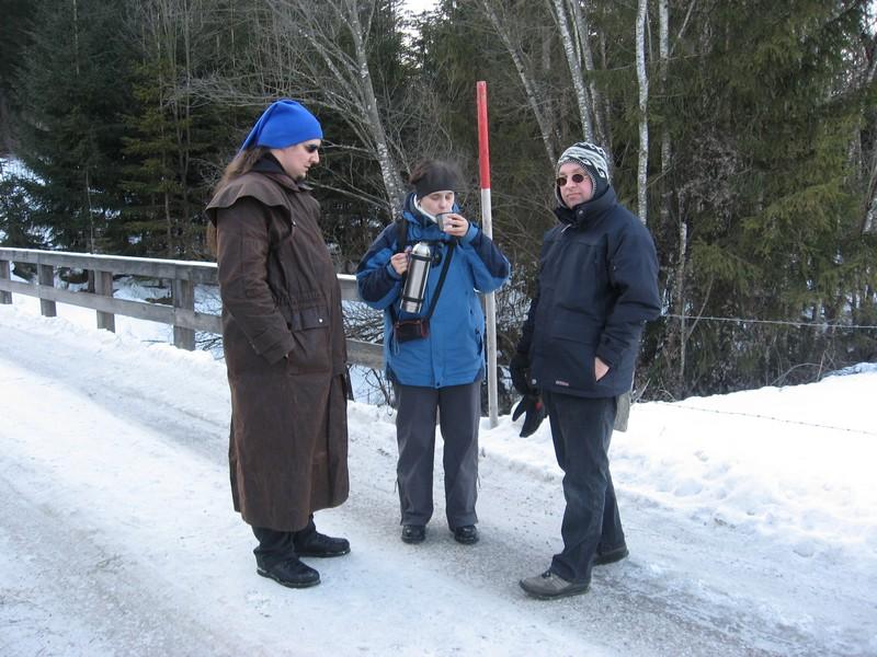08-[Jan_2009] Tee beim Spaziergang1.tn.jpg